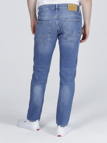 Jeansy męskie Cross Jeans 939 Tapered F 152-086 w kolorze Denim Blue